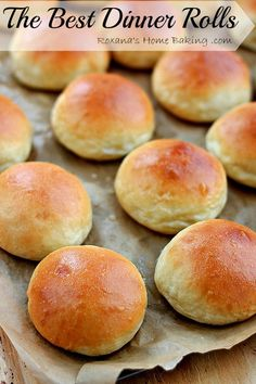 The Best Homemade Dinner Rolls (from scratch) Recipe ~ Soft, buttery, tender and warm, straight out of the oven – these are the best dinner rolls. Once you try this dinner rolls recipe you'll never want to go back to store bough dinner rolls! Homemade Burger Buns, Homemade Dinner Rolls, Dinner Rolls Recipe, Quick Dinner Rolls, Roll Recipe, Homemade Breads, Buttery Rolls, Bread Recipes, Cooking Recipes