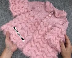 paris-pirlanta-girl-boy-pink-hirka-mantle Women who achieve a particular age must create their individual and unique personal model, Baby Cardigan, Cardigan Bebe, Baby Pullover, Baby Knitting, Crochet Baby, Paris, Mantel, Versace, Knitting Patterns