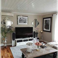 "208 Likes, 1 Comments - Classic Living (@classicliving) on Instagram: ""#Repost @englemalin ・・・ Ønsker alle en fin dag #dubai140salongbord #livingroom…"""