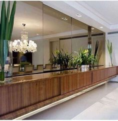 A modern entryway décor is a perfect opportunity to surprise your guests. You can create a sleek design with statement pieces or you prefer a more intimate and Entryway Furniture, Entryway Decor, Unique Furniture, Furniture Design, Contemporary Interior Design, Interior Modern, Wall Design, House Design, Flur Design