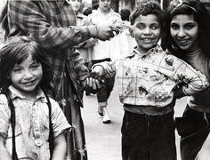 Página 82 William Klein:  El barrio italiano, Nueva York, 1954 - La cámara lúcida