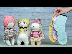 Diy Sock Toys, Sock Crafts, Diy Dolls From Socks, How To Make Socks, Muñeca Diy, Sock Dolls, Sock Animals, Fabric Dolls, Stuffed Toys Patterns
