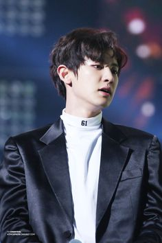 EXO's Chanyeol 161101 SBS Power FM 20th Anniversary Concert Credit: AtmosphereChan. (SBS 파워FM 20주년 콘서트)