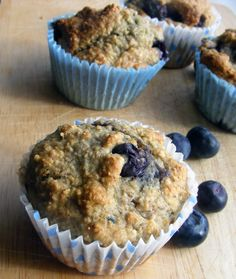 These look great & I've been looking for a banana, blueberry, oat bran recipe & they're vegan too  :)