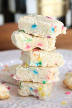 Skinny Funfetti Sugar Cookie Bites by Skinny Girl Standard, a low calorie food blog.
