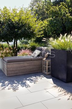 Homely terrace design in shades of brown - gartengestaltung. Outdoor Spaces, Outdoor Living, Outdoor Decor, Back Gardens, Outdoor Gardens, Garden Furniture, Outdoor Furniture Sets, Small Yard Landscaping, Hydrangea Care