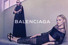 Balenciaga  Model: Sasha Pivovarova  Fotograf: Steven Klein