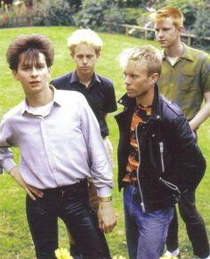 Depeche Mode:Dave Gahan, Martin Gore, Andy Fletcher, Vince Clarke