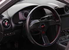 Mazda Miata Mk II interior