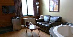 Auberge Champêtre - Sainte-Adèle Adele, Sofa, Couch, Furniture, Home Decor, Decoration Home, Room Decor, Settee, Sofas