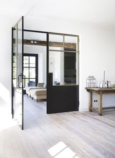 INDUSTRIAL DOORS decoración, ideas para la casa, On top - Macarena Gea