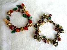 Bracelet 秋の実ブレス(赤、茶) 2800円