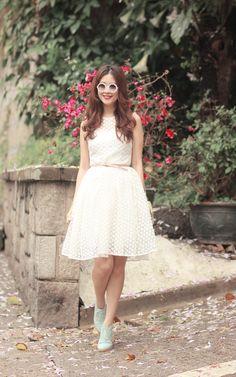 romwe filigree sunnies chicwish daisy lace dress choies minty lace up booties
