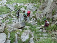 In der Natur unterwegs: Vier Täler, drei Pässe im Locarnese - Abstieg über Granti-Treppe - #ExpeditionLocarnese