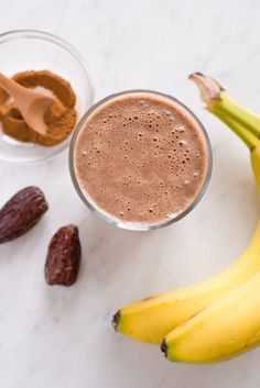 Recipe: Vegan Chocolate-Date Smoothie | how to have chocolate for breakfast without it being a piece of cake. Every sip of this creamy smoothie — made with dates, bananas, and almond butter — tastes rich and satisfying, and you can count on its wholesome and nourishing ingredients to fill you up.