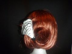 Ebony Ivory feather clip - Top End Millinery