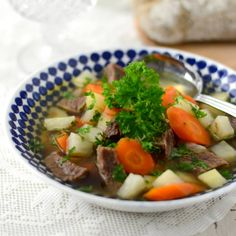 Klassisk köttsoppa Soup Recipes, Great Recipes, Something Sweet, Pot Roast, Thai Red Curry, Beverages, Drinks, Food And Drink, Lunch