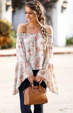 bell sleeves, boho style, beautiful braids, trendy outfits, handbags for fall-winter 2017-2018.