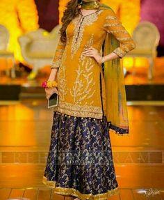 New Girls Boutique Dresses Styles Pakistani Designs Dress Style Pakistani, Pakistani Wedding Outfits, Bridal Outfits, Shadi Dresses, Indian Dresses, New Girl, Girls Boutique Dresses, Bridal Mehndi Dresses, Dresser