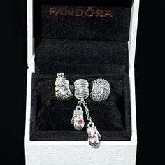 Snow Days Gift Set, $140.00 Pandora MOA (http://www.pandoramoa.com/snow-days-gift-set/)