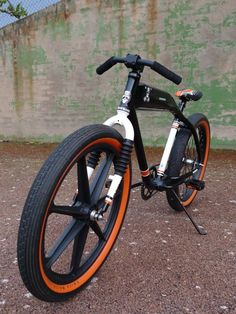 """Actualidad Drhofmann » Bicis: felt """"Fat Traker"""" Velo Beach Cruiser, Cruiser Bicycle, Beach Cruisers, Fat Bike, Cool Bicycles, Cool Bikes, Bicycle Paint Job, Montain Bike, Lowrider Bicycle"""