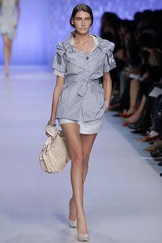 Céline Spring 2007 Ready-to-Wear Fashion Show - Eugenia Volodina (NATHALIE)