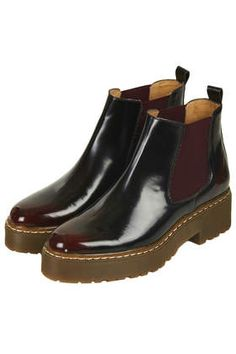 ABSOLUTELY Chelsea Boots.