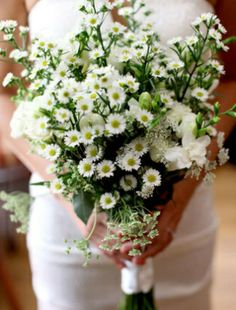 White Wildflower Bouquet...I would so do this!  It's elegant and wild