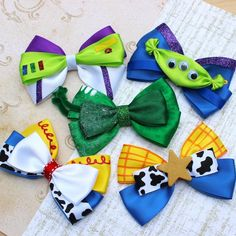Jessie hair bow Toy Story hair bow disney inspired bow girls cowboy Jessie hair bow Toy Story hair b Diy Bow, Diy Ribbon, Ribbon Bows, Ribbon Flower, Ribbon Hair, Fabric Flowers, Toy Story Birthday, Toy Story Party, Baby Girl Bows