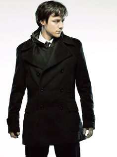 James Mcavoy looking spiffy                                                                                                                                                                                 もっと見る