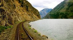 who wants to go on a train vacation in canada!? Kaoham Shuttle, British Columbia