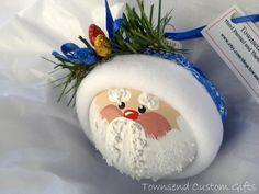 Santa Claus Ornament Christmas Tree Bulb - Hand Painted Glass - Themed with three christmas light bulbs. via Etsy. Christmas Tree Bulbs, Christmas Ornament Crafts, Santa Ornaments, Christmas Projects, Holiday Crafts, Christmas Decorations, Lightbulb Ornaments, Christmas Ideas, Ball Ornaments