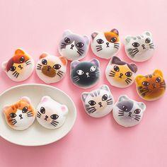 Đội quân kẹo dẻo mặt mèo đáng yêu nhất hệ Mặt Trời - Ảnh 1.