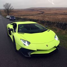 Watch Kermit The Frog Review His Lamborghini Aventador SV... My favorite frog with my favorite car