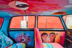 """Ordinary Interiors of Cabs Are Being Replaced with Artistic """"Taxi Fabric"""" in Mumbai - My Modern Met"""