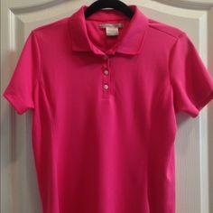 Nike Golf Fit Dry shirt Ladies M (8-10) in Pink Nike Golf Fit Dry shirt Ladies M (8-10) in Pink. great for outdoor activities n sports, tennis, golf, etc. Nike Tops