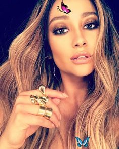 Shay Mitchell Loves Rings So Much, It's Hard to Find a Photo Where She's Not Wearing One Pin for Later: Shay Mitchell Loves Rings So Much, It's Hard to Find a Photo Where She's Not Wearing One<br> A quick scroll through Shay Mitchell's Instagram feed and you'll likely feel inspired. The star's always sharing outfits we immediately want to try, from sexy Shay Mitchell, Love Ring, Hard To Find, Instagram Feed, Inspired, Natural, Rings, Sexy, How To Wear