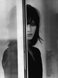 amazing! memorable! Christy Turlington by Gilles Bensimon for Elle September 2000