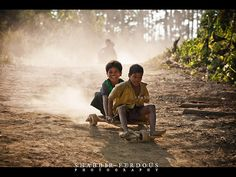 Bangladesh is just awesome - bompara tribal village, bandarbans, bangladesh Cute Couples Photography, Kids Photography Boys, Amazing Photography, Nature Photography, Beautiful Flowers Wallpapers, Beautiful Nature Wallpaper, Village Kids, Childhood Images, Emotional Child