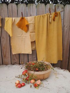 Natural Dyes - Pomegranates – Folk Fibers