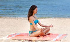 Enjoy a pleasurable past time at the beach and wrap yourself with an eye-catching Beach Towels UK. All these towels are made from cotton and priced favorably to fit everyone's budget. Cheap Beach Towels, Large Beach Towels, Turkish Towels, Cotton Towels, Getting Out, Outdoor Activities, Outdoor Blanket, Swimming, Photo And Video