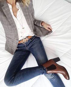 Business casual blazer jeans Blazer outfits with work fashion ideas Blazer Jeans, Look Blazer, Plaid Blazer, Dress Up Jeans, Jacket Jeans, Denim Jeans, Blazer And Jeans Outfit Women, Casual Blazer Women, Fall Blazer