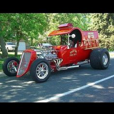 Afternoon Drive: Hot Rods & Rat Rods Photos) - A hot rod is a specific type of automobile that has been modified to produce more power for racing straight ahead. The hot rod originated in the early. Hot Rods, Hot Rod Trucks, Fire Trucks, Pickup Trucks, Gmc Trucks, Truck Drivers, Diesel Trucks, Custom Trucks, Custom Cars