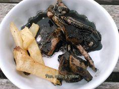 Calamares en su tinta en Crock-Pot | Pan, uvas y queso saben a beso