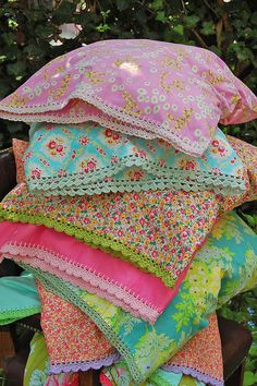 Sew pillow case, add lace trim. Pretty Pretty Pillow Cases ... from rosehips etsy shop