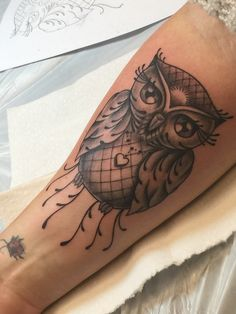 Last owl I got yesterday. I'm obsessed with owls but j wanted to make sure it looked girly. He captured it perfectly.