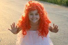 Dívka, Panenka, Zrzavé Vlasy, Bílá