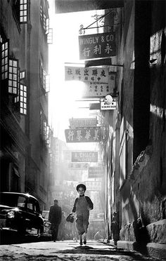 1950s/1960s social documentary photography of Hong-Kong by Fan Ho