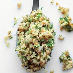 Mixed Grain and Herb Salad - Martha Stewart Recipes Quinoa Recipes Easy, Quinoa Salad Recipes, Lunch Recipes, Healthy Recipes, Healthy Meals, Quinoa Dishes, Dinner Recipes, Barley Salad, Soup And Salad