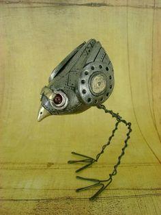 Mechanical Birdie - Freestanding Industrial Steampunk Bird